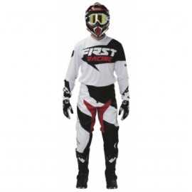 Tenue firstracing data noir blanc 2017