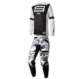 Tenue Shift 3lack Label Jeff Emig noir camo